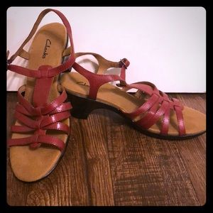 Comfortable strappy, heeled sandals